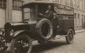 Antieke Auto Wasserij Dubbelblank